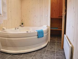 Holiday home Vejlby Klit Harboøre V, Ferienhäuser  Harboør - big - 11