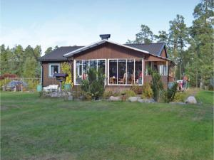 Two Bedroom Holiday Home in Ingaro