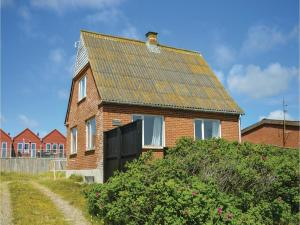 Three Bedroom Holiday Home in Ulfborg