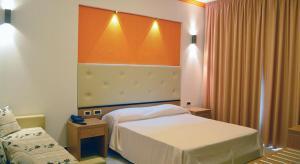 Prenota Tyrrenian Park Hotel