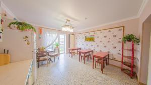 Guest house Aquarel, Affittacamere  Goryachiy Klyuch - big - 41