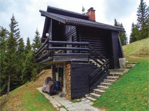 Three Bedroom Holiday Home in Smartno pri Sl.Gradcu