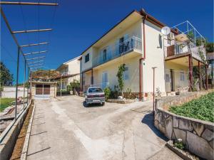 Two-Bedroom Apartment in Sv.Filip i Jakov, Ferienwohnungen  Sveti Filip i Jakov - big - 3