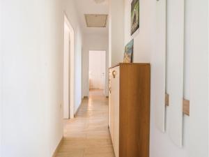 Two-Bedroom Apartment in Sv.Filip i Jakov, Ferienwohnungen  Sveti Filip i Jakov - big - 9