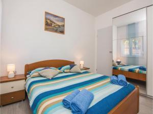 Two-Bedroom Apartment in Sv.Filip i Jakov, Ferienwohnungen  Sveti Filip i Jakov - big - 11