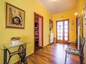 Two-Bedroom Apartment with Sea View in Rijeka, Appartamenti  Turan - big - 9