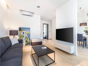 Two-Bedroom Apartment in Rijeka, Appartamenti  Turan - big - 7