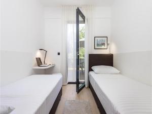 Two-Bedroom Apartment in Rijeka, Appartamenti  Turan - big - 11