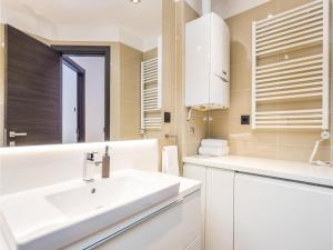 Two-Bedroom Apartment in Rijeka, Appartamenti  Turan - big - 9
