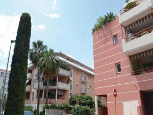 Apartment Immeuble La Rode - Hotel - Saint-Raphaël