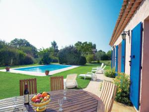 Holiday home Le Muy with Outdoor Swimming Pool 380 - Hotel - Le Muy