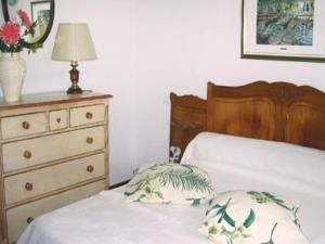 Four-Bedroom Holiday home Sainte Maxime with a Fireplace 08, Dovolenkové domy  Sainte-Maxime - big - 8