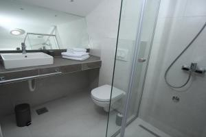 Riverside Residence, Vendégházak  Szarajevó - big - 6