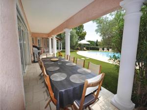 Holiday home Bd. Florentin Brigaud, Holiday homes  Sainte-Maxime - big - 25