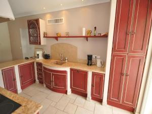 Holiday home Bd. Florentin Brigaud, Holiday homes  Sainte-Maxime - big - 19