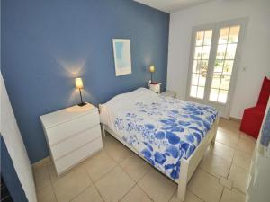 Holiday home Bd. Florentin Brigaud, Holiday homes  Sainte-Maxime - big - 3