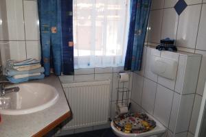 Haus Seiwald, Apartmanok  Niederau - big - 6