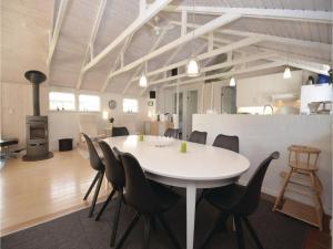 Holiday home Trifoliumvej Væggerløse II, Prázdninové domy  Bøtø By - big - 11