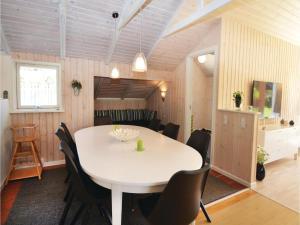 Holiday home Trifoliumvej Væggerløse II, Prázdninové domy  Bøtø By - big - 7