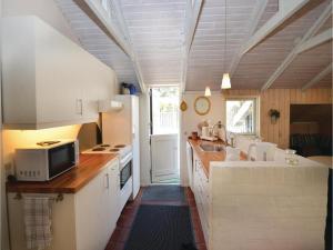Holiday home Trifoliumvej Væggerløse II, Prázdninové domy  Bøtø By - big - 14