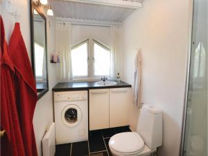 Holiday home Trifoliumvej Væggerløse II, Prázdninové domy  Bøtø By - big - 3