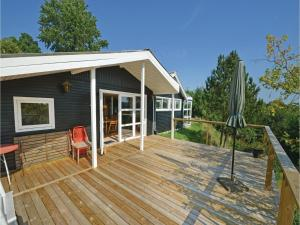Three-Bedroom Holiday Home in Ebeltoft, Ferienhäuser  Ebeltoft - big - 1