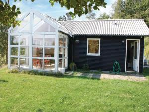Three-Bedroom Holiday Home in Ebeltoft, Ferienhäuser  Ebeltoft - big - 8