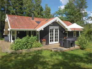 Three Bedroom Holiday Home in Ronde