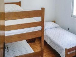 Two-Bedroom Holiday Home in Kornati, Dovolenkové domy  Pristanišće - big - 9