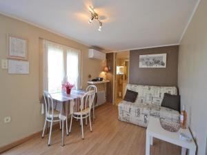 Apartment Impasse Des Alpilles - Hotel - Les Angles Gard