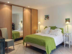 Holiday home Les Barrys/Puget sur D with Outdoor Swimming Pool 424 - Hotel - Puget