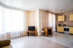 Apartment Salmyshskaya 45, Оренбург