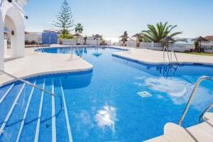 Capistrano Playa, Apartmány  Nerja - big - 1