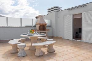 Jasmineiro III by Travel to Madeira, Апартаменты  Фуншал - big - 2