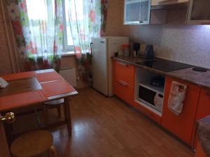 Apartment on Prostornaya 87, Ferienwohnungen  Jekaterinburg - big - 14