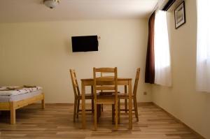 CSONGRÁDI VENDÉGVÁRÓ Apartmanok, Appartamenti  Csongrád - big - 8