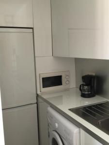 A Picture of Apartamentos AV