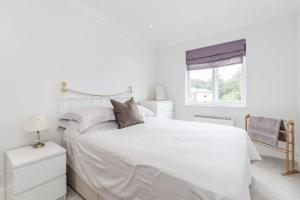 Warlingham Village Green Apartment