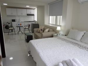 Espectaculares Vistas, Edificio Nautilus, Barrio El Laguito., Апартаменты  Картахена - big - 48