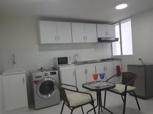 Espectaculares Vistas, Edificio Nautilus, Barrio El Laguito., Апартаменты  Картахена - big - 38