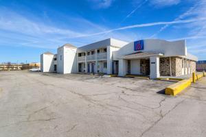 obrázek - Motel 6 Indianapolis, S. Harding St.