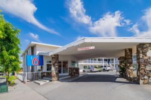 obrázek - Motel 6 San Bernardino, CA - Downtown