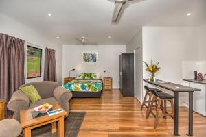 Eumundi Cottages - Cottage 2