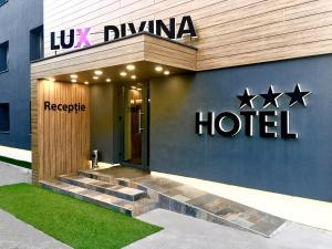 Брасов - Hotel Lux Divina