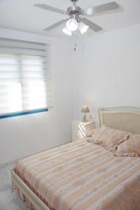 (M.M.AYA33) Apartamento Maria Zambrano, Apartmanok  Málaga - big - 22