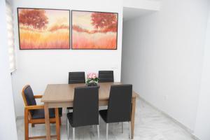 (M.M.AYA33) Apartamento Maria Zambrano, Apartmanok  Málaga - big - 19