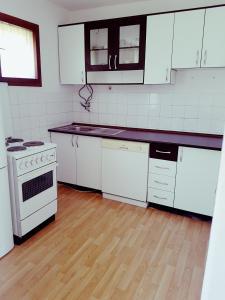 Apartmani Breka - фото 14