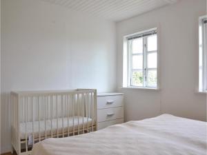 Three-Bedroom Holiday Home in Kirke Hyllinge, Dovolenkové domy  Kirke-Hyllinge - big - 6