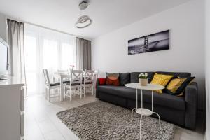 Zlota z dwoma sypialniami, Apartmanok  Varsó - big - 4