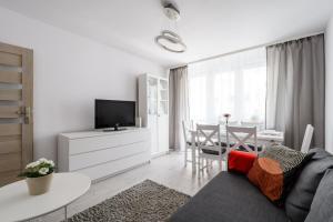 Zlota z dwoma sypialniami, Appartamenti  Varsavia - big - 12